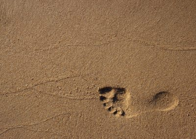 abstract-beach-footprint-1527828
