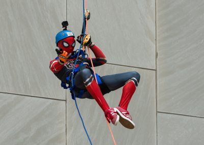 SPIDERMAN RAPPELLING